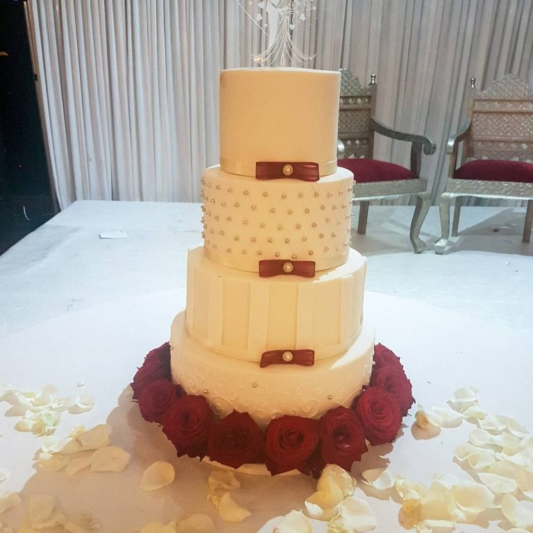 Contemporary Stripes & Fresh Flowers – £385 – Bespoke Cakes and Treats